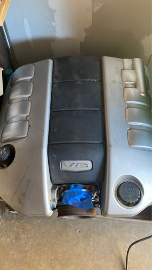 G8 Gt fuel rail cover /engine cover for Sale in Santa Ana, CA