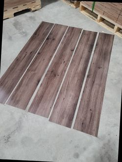 Luxury vinyl flooring!!! Only .88 cents a sq ft!! Liquidation close out! 75 for Sale in China Spring,  TX