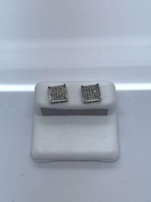 10k white gold diamond earrings new for Sale in Renton, WA
