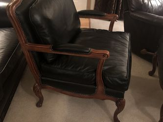 Beautiful Black Leather Rosalco Chair And Ottaman for Sale in Tacoma,  WA