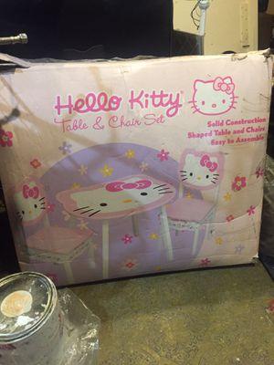Hello kitty table for Sale in Miami Gardens, FL