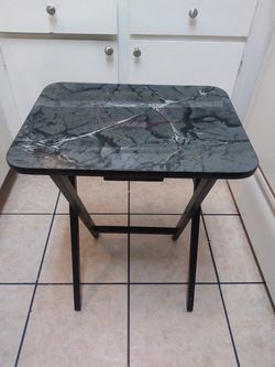 3 Mini tables in good condition for Sale in Chino,  CA