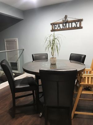 Dining set for Sale in Frederick, MD