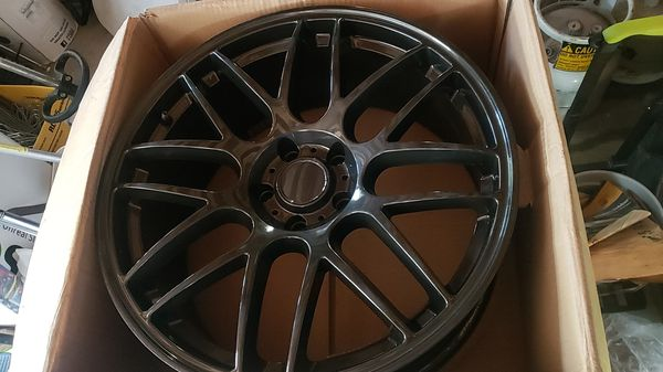 Four 20inch rims 5x120 staggered