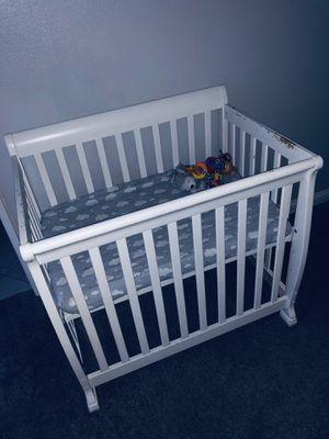 Mini Crib for Sale in Ontario, CA
