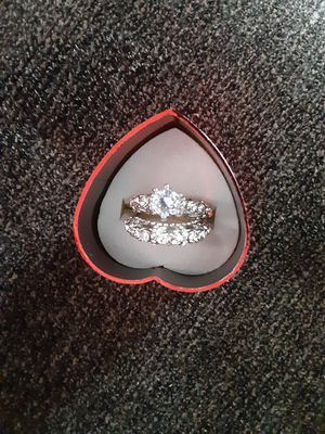 Wedding ring size 5 silver color 925 for Sale in Los Angeles, CA