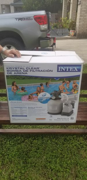 Pool pump and filter for Sale in San Antonio, TX