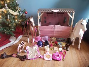 Og girls barn with 2 horses and accessories for Sale in Gambrills, MD