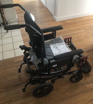 Invacare Solara 3G Tilt-in-Space Wheelchair Nursing Home Hospice Elderly Care Healthcare New for Sale in Seattle, WA
