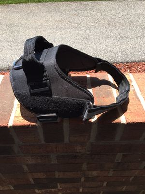 Black medium dog harness for Sale in Glade Hill, VA