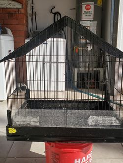 Medium Bird Cage for Sale in Port Hueneme,  CA