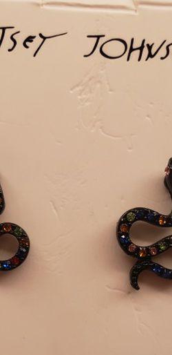 Betsey Johnson Snake Earrings for Sale in San Antonio,  TX