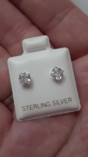 Princess Cut Diamond Cubic Zirconia Earrings Solid Silver for Sale in Vancouver, WA