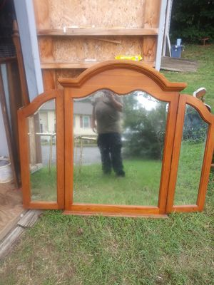 Solid wood antique tri-fold mirror for Sale in Glen Burnie, MD