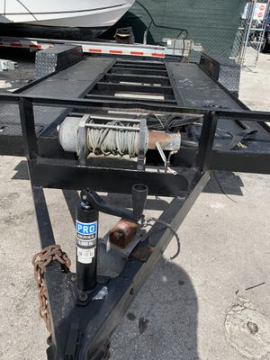 CAR TRAILER 17X8 PERFECT CONDITION for Sale in Miami, FL