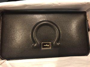Authentic Ferragamo Women's Wallet for Sale in Cupertino, CA