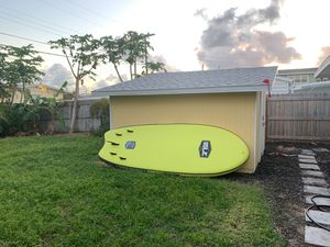"""ISLE MEGALODON INFLATABLE SUP (With 2 high pressure pumps) - 12"""" for Sale in PT CANAVERAL, FL"""