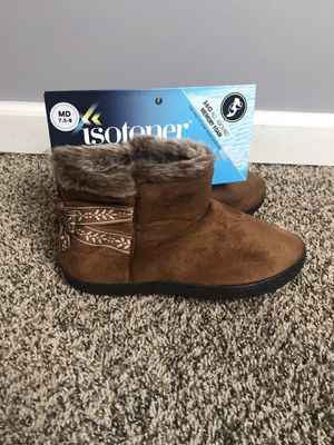 Boot slippers 7.5 for Sale in French Creek, WV