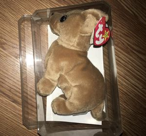 "VINTAGE TY BEANIE BABY ""TINY THE CHIHUAHUA"" IN PROTECTIVE CASE for Sale in Denver, CO"