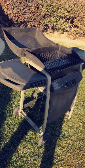 Propane Gas grill for only $40. Great for backyard or outdoor bbq for Sale in Castro Valley, CA