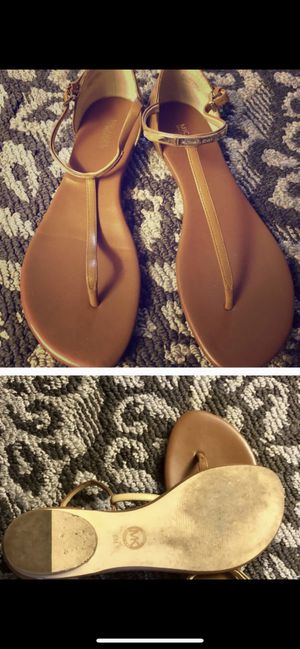 Michael Kors sandals size 8 for Sale in Scottsdale, AZ