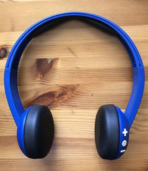 SKULLCANDY uproar Bluetooth wireless headphones for Sale in Olympia, WA