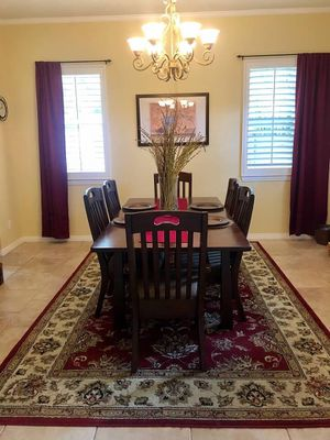 Dining table & 6 chairs for Sale in San Marcos, CA