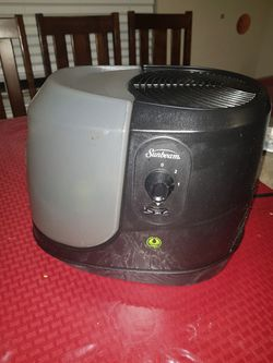 Sunbeam Purified Mist Humidifier Black (Cool Mist) for Sale in Fort Worth,  TX