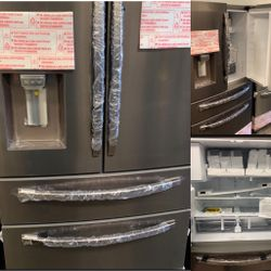 NEW OUT OF BOX SAMSUNG TUSCAN STEEL FOUR DOOR REFRIGERATOR for Sale in Riverside,  CA