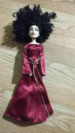 """Disney Tangled Classic Mother Gothel 12"""" for Sale in Los Angeles, CA"""