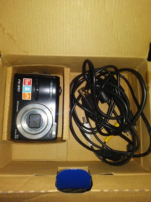 Digital camera(black)..pick up for Sale in Cleveland, OH