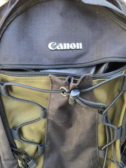Canon Deluxe Camera Bag for Sale in Anaheim,  CA