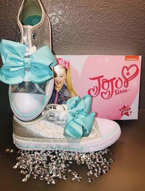 New Jojo Siwa bling bow Sneakers for Sale in Douglassville, PA