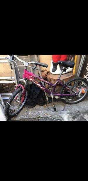"""Huffy 20"""" girl women bike for Sale in Los Angeles, CA"""