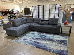 Sectional Couch Sofa with Cup Holders for Sale in Dallas, TX