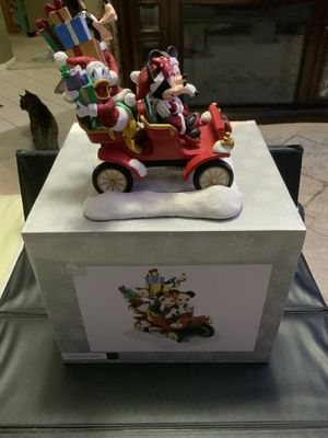 NEW 2017 DISNEY PARKS CHRISTMAS SANTA MICKEY CAR FIGURINE IN ORIGINAL PACKAGING/BOX EXCELLENT CONDITION for Sale in Henderson, NV