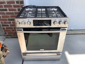 Gas stove for Sale in Raleigh, NC