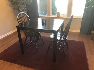 Beautiful Bombay Mahogany Stained Table & Chairs for Kitchen or Dining Room! Delivery available! 🚚 for Sale in Raleigh, NC