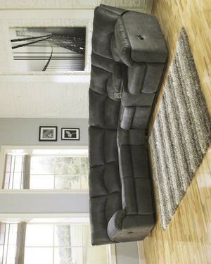 Tambo Pewter Reclining Sectional for Sale in Houston, TX