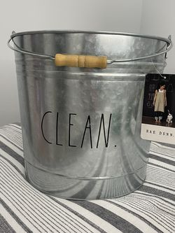 Large CLEAN pail Rae Dunn for Sale in Reedley,  CA
