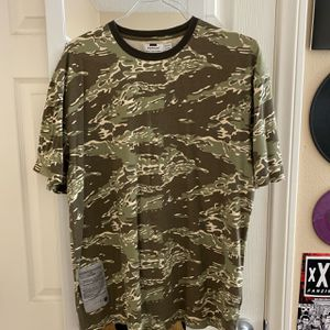 Topman Camo Shirt Size L large for Sale in La Mesa, CA