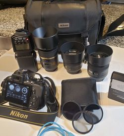 Nikon D5600 :(New) 🏥🚐🧾 for Sale in Bent,  NM