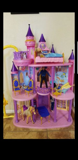 Doll house for Sale in El Paso, TX