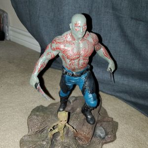 Gaurdians Of the Galaxy Diamond Select Statue Drax And Groot for Sale in Fort Worth, TX