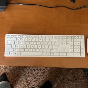 Wireless Mouse And Key Board for Sale in Glendale Heights, IL