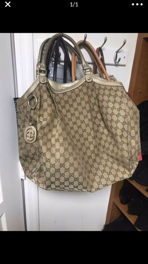 Gucci bag authentic!!! Hermes Louis Vuitton bag purse Chanel Prada Gucci fashion Valentino mcm Fendi tori Burch mulberry lv lvvv lvv Louis goyard for Sale in Boca Raton, FL