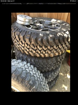 Jeep wheels for Sale in Modesto, CA