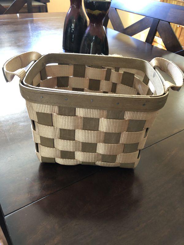 Longaberger basket. Excellent condition!