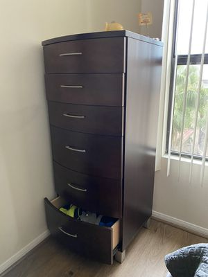 Tall Dresser for Sale in Los Angeles, CA