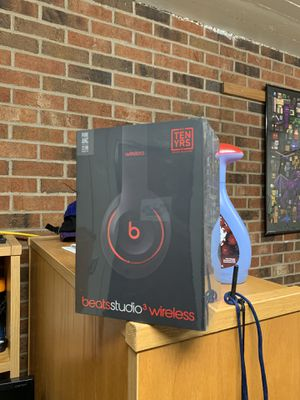 Beats Studio 3 wireless headphones for Sale in Saint Paul, MN